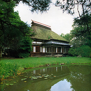 原敬の生家。記念館と隣接しています。