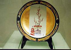 皇后陛下御下賜の絵皿